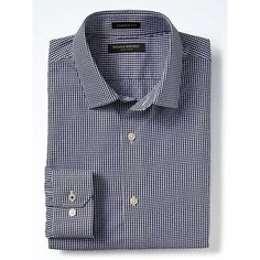Banana Republic Mens Camden Fit Non Iron Micro Gingham Shirt (93890 IQD) ❤ liked on Polyvore featuring men's fashion, men's clothing, men's shirts, men's casual shirts, navy, mens collared shirts, non iron men's shirts, mens cotton shirts and mens button shirts