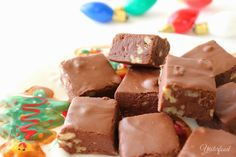 Mamie Eisenhower's recipe for fudge was published shortly after she became First Lady of the United States in 1953. It was an immed... Fudge Recipes, Candy Recipes, Sweet Recipes, Dessert Recipes, Cookie Recipes, Christmas Candy, Fall Candy, Christmas Baking, Christmas Cookies