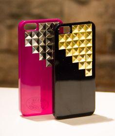 Sharing Happens • Pin a gift • Steve Madden • Protector para iPhone Q299.95