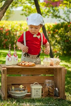 baby boy patisserie photo shoot sessao de fotos bebe menino confeitaria
