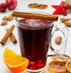 Mulled Wine (Glühwein, Glögg) is a typical winter drink. Enjoyed mostly around Christmas is made of wine to which mulling spices, sugar, citrus & raisins. Homemade Mulled Wine, Wine Recipes, Cooking Recipes, Mulling Spices, Refreshing Summer Drinks, Recipe Scrapbook, Little Chef, Winter Drinks, Xmas
