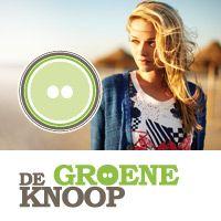 De Groene Knoop is een (web)winkel met duurzame mode, eco-vriendelijke  tassen en fairtrade accessoires. De geiten-wollen-sokken bergen we op in de onderste lade van de kast. Wij bieden je trendy biologische kleding, mooi voor mens en milieu! Bestel eenvoudig online of bezoek de winkel van De Groene Knoop in Eys, Zuid-Limburg
