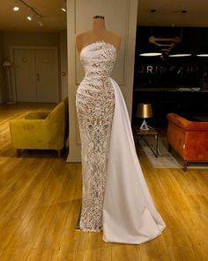 Find the perfect gown with Pageant Planet! Browse all of our beautiful prom and pageant gowns in our dress gallery. There's something for everyone, we even have plus size gowns! Pretty Dresses, Sexy Dresses, Beautiful Dresses, Fashion Dresses, Gala Dresses, Event Dresses, Reception Dresses, Quince Dresses, 15 Dresses