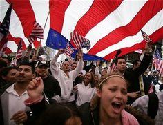 Patriotic Progressives Embrace the Flag Too      2016-07-02-1467470413-3612719-ImmigrantrightsactivistsdisplayAmericanflag.jpg