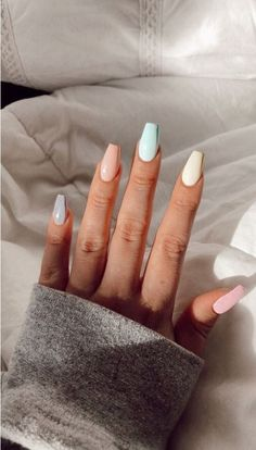 40 Latest Acrylic Nail Designs For summer 2019 - Nails - Nageldesign Simple Acrylic Nails, Best Acrylic Nails, Acrylic Nails Pastel, Acrylic Nail Designs For Summer, Colorful Nails, Nail Designs Spring, Acrylic Nails For Holiday, Acrylic Art, Designs For Nails