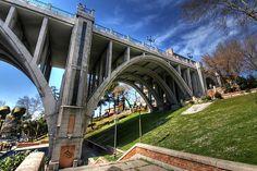 el viaducto, evita el desnivel en la calle de segovia, los suicidios, no... (foto de gustavocba)