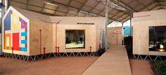 Le studio espagnol Langarita-Navarro Arquitectos a rempli un entrepôt de Madrid de huttes de fortune et d'une nature sauvage pour accueillir l'académie de musique nomade organisée par l…