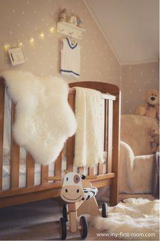 Modern Home Decor Ideas Rustic Nursery Decor, Nursery Room Decor, Kids Bedroom, Nursery Décor, Playroom Decor, Nursery Design, Neutral Nursery Colors, Nursery Ideas Neutral Small, Budget Nursery