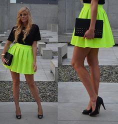 Cocktail Shock Skirt, Nn Blouse, Świat Butów24 Heels, H Bag, Geneva Watch
