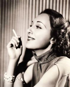 Ann Dvorak Classic Hollywood, Old Hollywood, Divas, Classic Photography, Pre Raphaelite, Classic Movies, Timeless Classic, Actors & Actresses, Hollywood Actresses