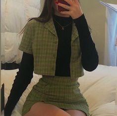 Korean Fashion Earrings Style in Indie Outfits, Edgy Outfits, Teen Fashion Outfits, Retro Outfits, Cute Casual Outfits, Grunge Outfits, Cute Vintage Outfits, Fashion Ideas, Fashion Styles
