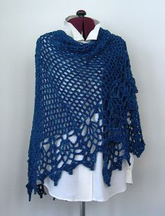 Easy Crochet Shawl by Doris Chan