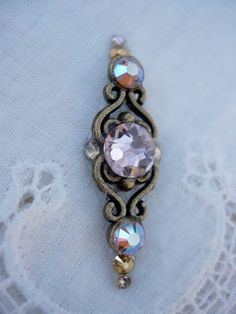Antique Pink Bindi  swarovski crystal tribal fusion by KuhlJewels, $14.00