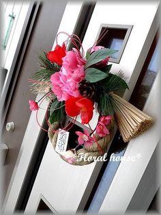 Floral houseオリジナル お正月飾りアーティフィシャルフラワー(造花)でお正月飾りを作りました。毎年恒例の人気作品ですショップや玄関のドアにいかが...|ハンドメイド、手作り、手仕事品の通販・販売・購入ならCreema。