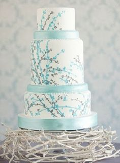 I like the color combo of this cake. Maybe it's a possibility too?