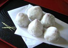 もち粉をつかってレンジで簡単☆ 和風でデザートに最適な一品です!