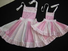 I soooo want these aprons to match all my girls! 3 now!!!