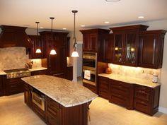 25 Cherry Wood Kitchens (Cabinet Designs & Ideas) | Shape design ...