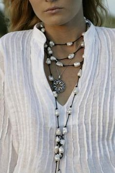 the blouse and the necklace....
