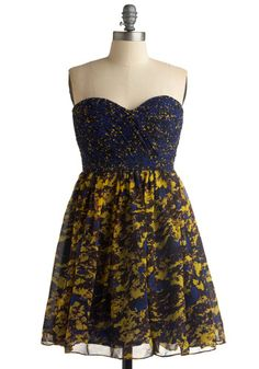 every time i get on modcloth.com i come back to this dress. I think i'm in love.. haha