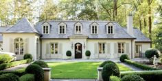 The Luxury of Timeless Style | Atlanta Homes and Lifestyles | Photographer: Erica George Dines | 2841 Vernon, Atlanta, Georgia 30305 (Atlanta's Buckhead neighborhood)