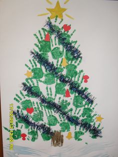 Christmas Tree by the kids from kindergarden Christmas Crafts For Kids To Make, Christmas Card Crafts, Preschool Christmas, Christmas Angels, Winter Christmas, Kids Christmas, Diy For Kids, Christmas Decorations, Handprint Christmas Tree