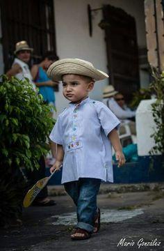 Vestido típico de Panamá