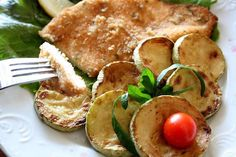 Fillet of chicken breast with herbs.Fillet of chicken breast with herbs - quick and easy meal for the second, which can be supplemented with a garnish of fried zucchini, eggplant or green salad seasoned with lemon juice.