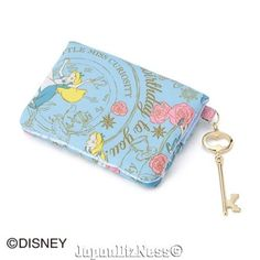 Alice in Wonderland Blue Tissue Case with Mirror