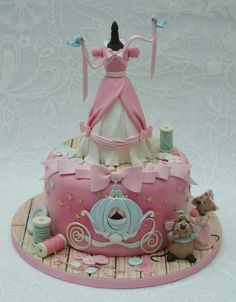 Cute birthday cake for your lil princess