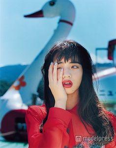 小松菜奈/画像提供:MATOI PUBLISHING inc. Korean Short Hair, Korean Girl, Asian Girl, Pretty People, Beautiful People, Nana Komatsu, Shu Qi, Japanese Girl, Girl Crushes