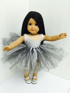 Silver is blingy . Chloe's Closet, Girls Dresses, Flower Girl Dresses, Doll Clothes, Wedding Dresses, Silver, Fashion, Bride Gowns, Wedding Gowns
