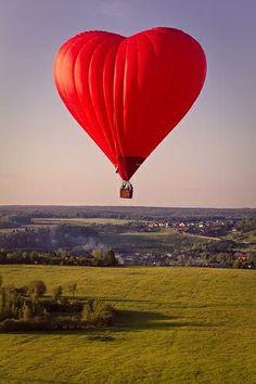 heart hot air ballon