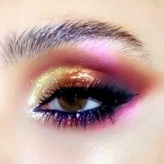 Midnight Sun Eyeshadow Palette - Makeup - Make-up Eye Makeup Art, Makeup Inspo, Eyeshadow Makeup, Makeup Inspiration, Eyeshadow Palette, Hair Makeup, Makeup Ideas, Galaxy Eyeshadow, Mermaid Eye Makeup