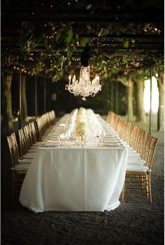 Best Wedding Reception Decoration Supplies - My Savvy Wedding Decor Wedding Bells, Wedding Events, Our Wedding, Dream Wedding, Wedding Dinner, Wedding Tables, Wedding Receptions, Bridal Table, Formal Dinner