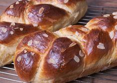 Μενού για την Μεγάλη Εβδομάδα και Πασχαλινό :Συνταγές από 26/04 -02/05/21 3 Easter, Bread, Food, Easter Activities, Brot, Essen, Baking, Meals, Breads