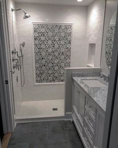 So, you want to know how to make a small bathroom look bigger? This article presents a few useful small bathroom design ideas that will guide you on how to make a small bathroom look bigger. Bathroom Colors, Bathroom Layout, Bathroom Interior Design, Bathroom Ideas, Shower Ideas, Interior Modern, Bathroom Designs, Beautiful Bathrooms, Modern Bathroom
