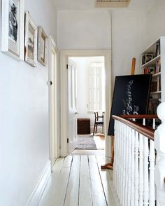 white hallway with railing in victorian meets mid-century modern cottage / sfgirlbybay White Painted Floors, Painted Floorboards, White Floorboards, White Walls, White Rooms, Modern Victorian Homes, Victorian Terrace, Victorian Townhouse, Victorian Cottage