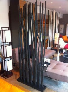 unique déco du bambou noir Bamboo Crafts, Branch Decor, Bamboo Furniture, Interior Decorating, Interior Design, Woodworking Projects Plans, Learn Woodworking, Home And Deco, Diy Wood Projects
