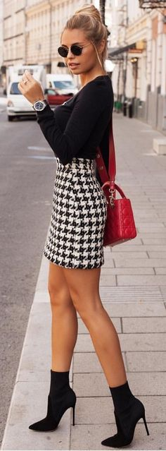 #summer #outfits black and white mini skirt.