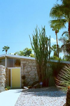 Mid century modern architecture in Palm Springs