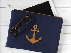Tablet-PC-Taschen - maritime Clutch oder iPad Tasche mit Leder Anker - ein Designerstück von HolzundLeinen bei DaWanda
