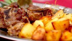Agnello al forno con patate Carne, Potato Salad, Mashed Potatoes, Pasta, Ethnic Recipes, Life, Ovens, Whipped Potatoes, Smash Potatoes