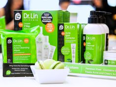 Sample Dr. Lin's Acne Cleaning Wipes for FREE!