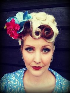 blonde and red pin curls