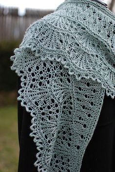 Moulin Rouge shawl by Kirsten Kapur .....pattern available on Ravelry.