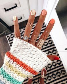 Summer manicure - peach and yellow nails - cute rings - Nail Art Cute Acrylic Nails, Cute Nails, Pretty Nails, Hair And Nails, My Nails, Star Nails, Yellow Nail Art, Short Gel Nails, Cute Nail Designs