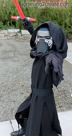 Homemade Lil Kylo Ren costume, maded by Jonesing2Create. I think, I can made my own Kylo's suit, just based on this great tutorial. ;D