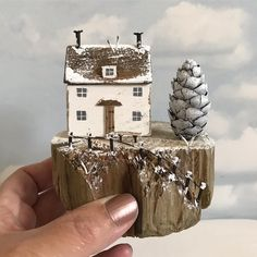 Woodworking Cabinets The Family Handyman .Woodworking Cabinets The Family Handyman Driftwood Projects, Driftwood Art, Christmas Log, Christmas Crafts, Xmas, Beach Crafts, Home Crafts, Small Wooden House, Wooden Houses