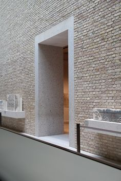 door threshold, neues museum Berlin by david chipperfield architects. Detail Architecture, Brick Architecture, Interior Architecture, Brick Interior, Architecture Concept Drawings, Contemporary Architecture, Modern Interior, Wall Texture Design, David Chipperfield Architects